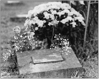 calandrelli arnolfo tomba