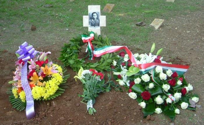 sepoltura nel cimitero di mazara