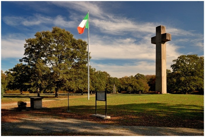 monaco-di-baviera-cimitero-militare-italiano-a18967061