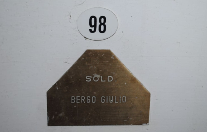 N.98 nel mausoleo sinistro